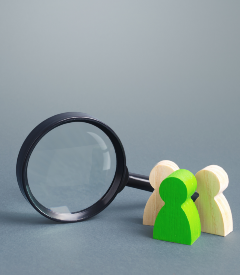 figures-people-stand-near-magnifying-glass-search-jobs-vacancies@2x